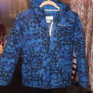 Like New Columbia Sz M/L Winter Jacket W/hood